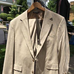 Joseph A Bank Suit 40    34x32